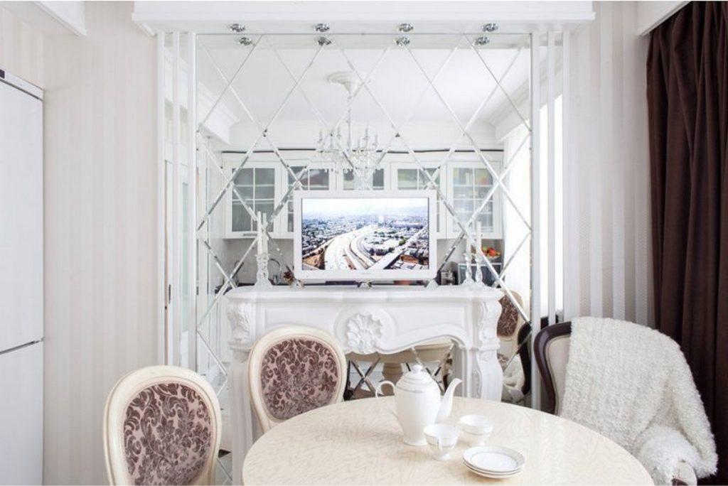 зеркало в интерьере кухни декор