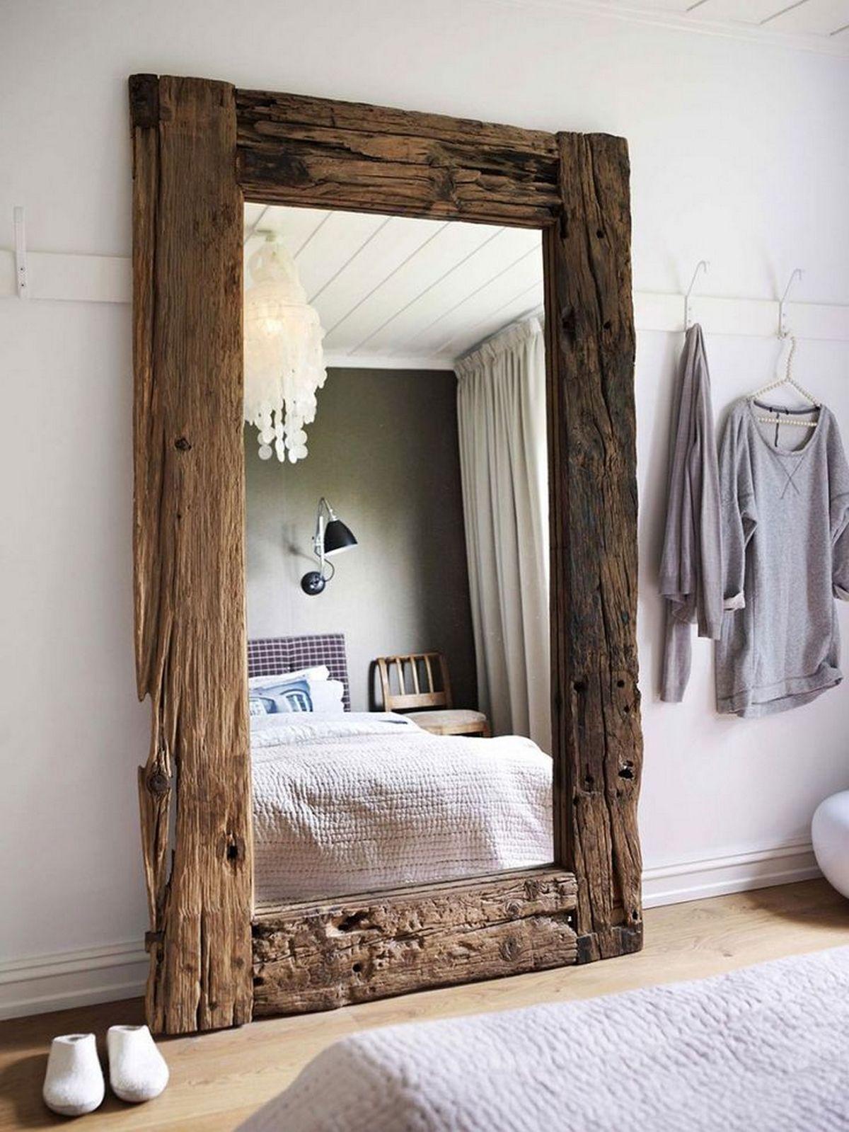большие зеркала в интерьере спальни