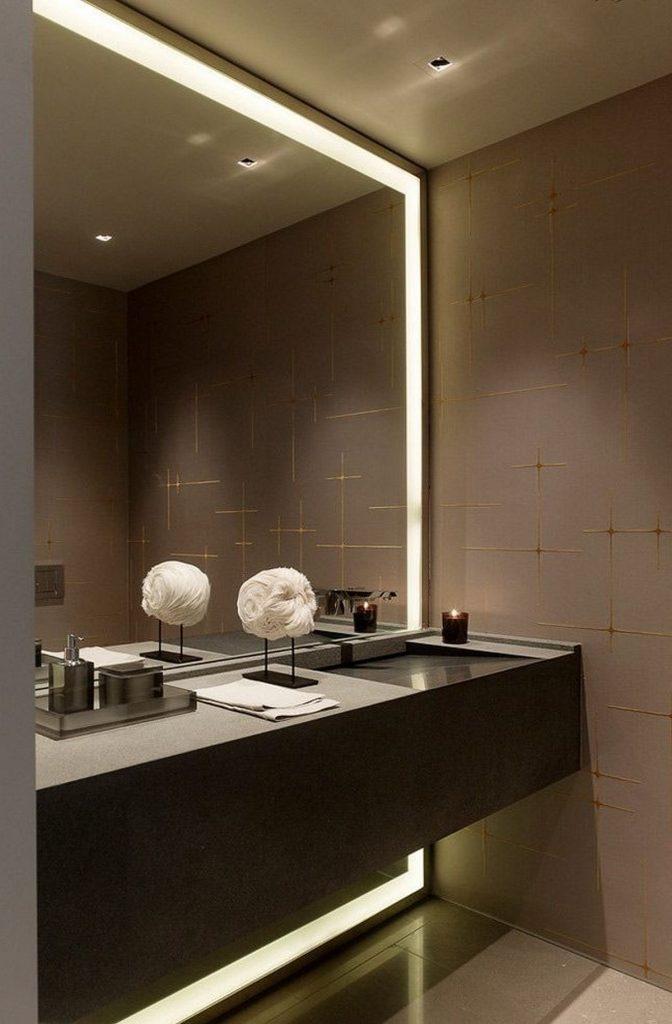 декор с зеркалами ванной комнаты