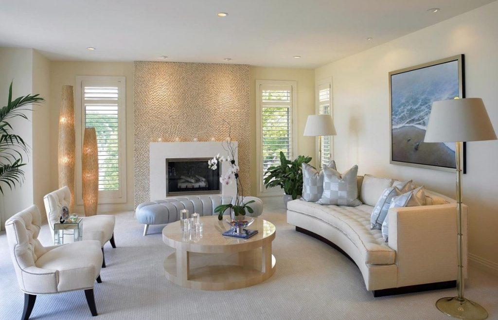 нюдовый интерьер гостиной классическая мебель