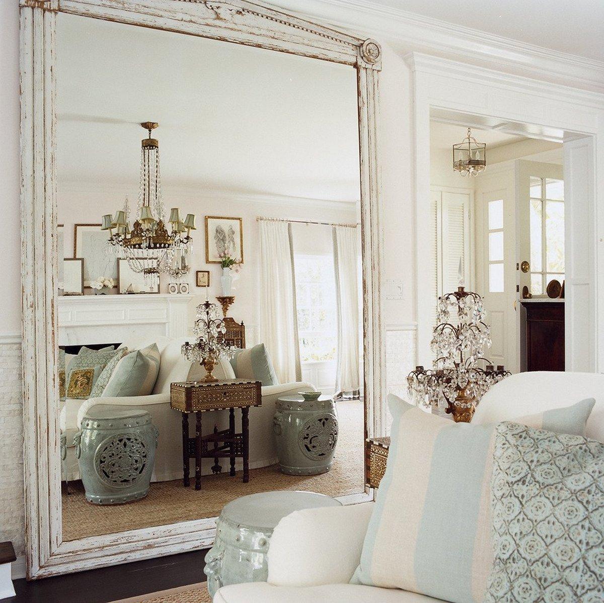 зеркала в интерьере гостиной фото