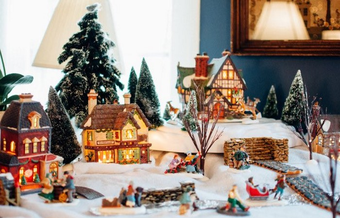 Уютные домики - новогодние украшения для дома 2021