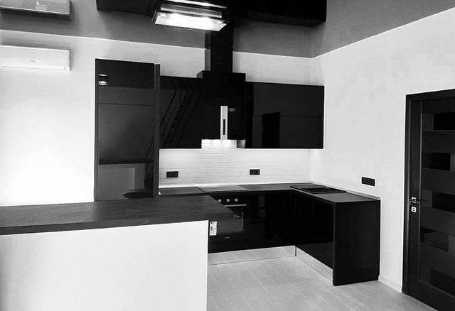кухня в стиле минимализм белая