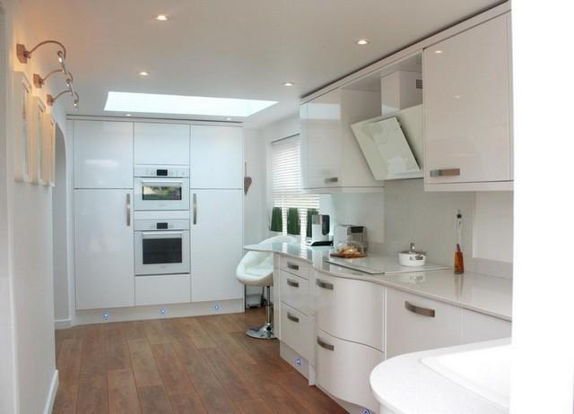 маленькая кухня в квартире в стиле минимализм