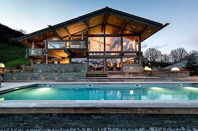 большие дома в стиле шале двухэтажные