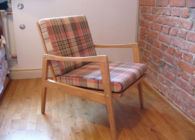 как из старого кресла сделать современное